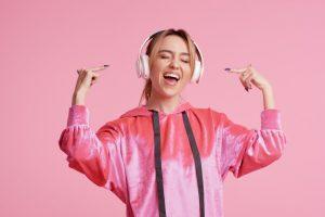 מוזיקה חזקה פגיעה בשמיעה